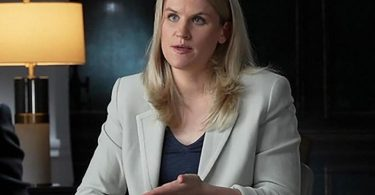 Facebook-Whistleblowerin Frances Haugen während eines CBS-Interviews. Foto: Robert Fortunato/CBS News/60 Minutes/AP/dpa