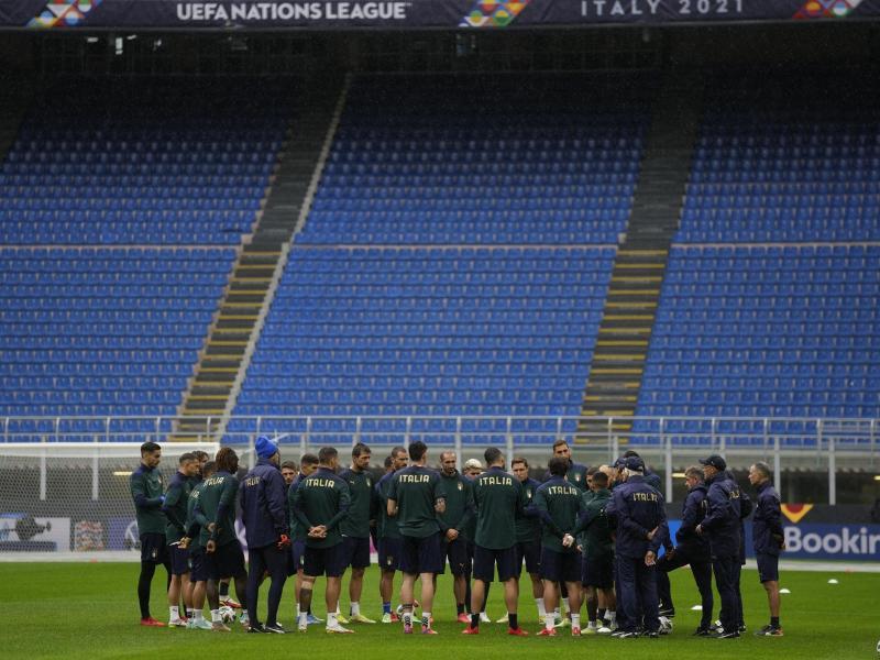 Im Halbfinale der Nations League trifft Italien in Mailand auf Spanien. Foto: Antonio Calanni/AP/dpa