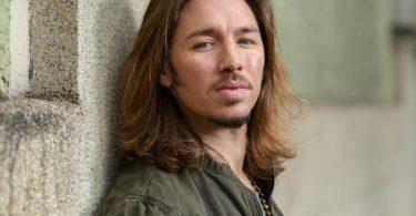 Der Sänger Gil Ofarim. Foto: Tobias Hase/dpa