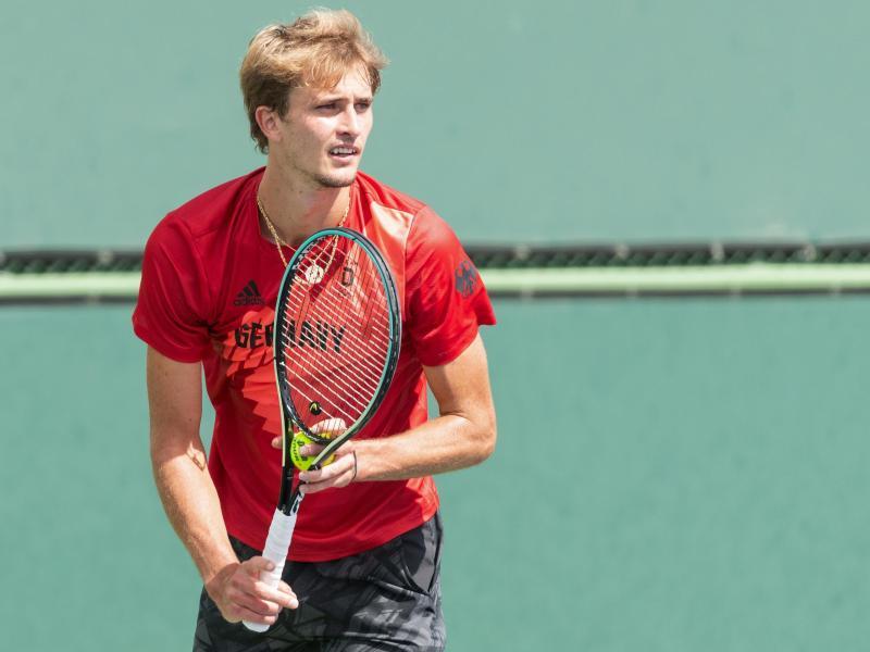 Tennisprofi Alexander Zverev trainiert beim Turnier in Indian Wells. Foto: Maximilian Haupt/dpa