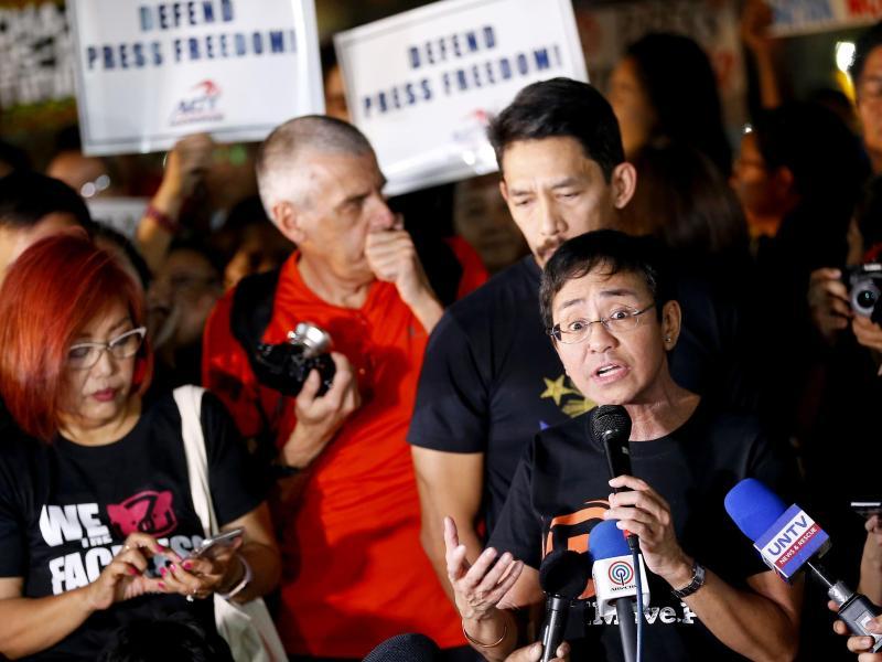 Die Journalistin Maria Ressa ist Chefredakteurin des Online-Nachrichtenportals Rappler. Foto: Bullit Marquez/AP/dpa