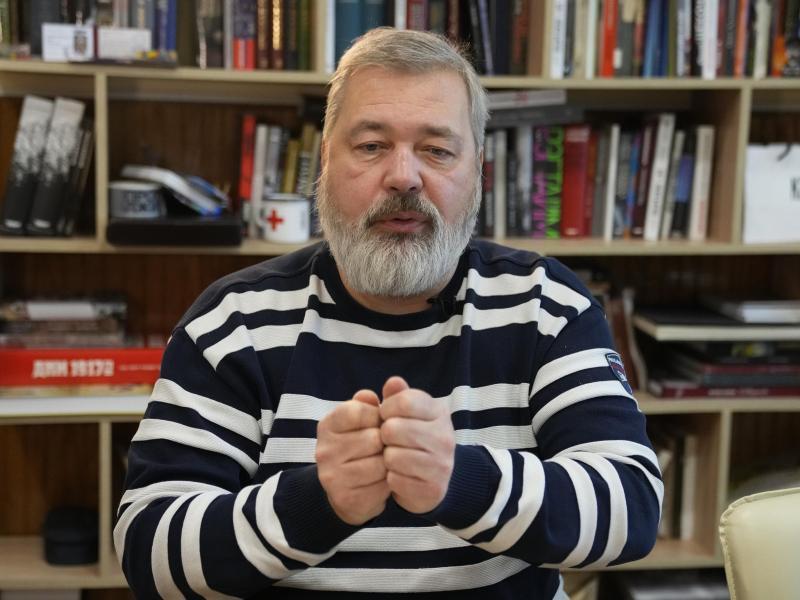 Der Journalist Dmitri Muratow ist Chefredakteur der kremlkritischen Zeitung «Nowaja Gaseta». Foto: Alexander Zemlianichenko/AP/dpa