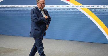 Wer kommt, wenn er geht? CDU-Chef Armin Laschet will die personelle Neuaufstellung in der Union moderieren. Foto: Michael Kappeler/dpa