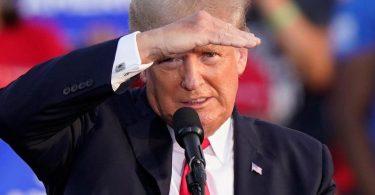Anhänger von Ex-US-Präsident Donald Trump hatten am 6. Januar den Sitz des US-Kongresses erstürmt. Foto: Tony Dejak/AP/dpa