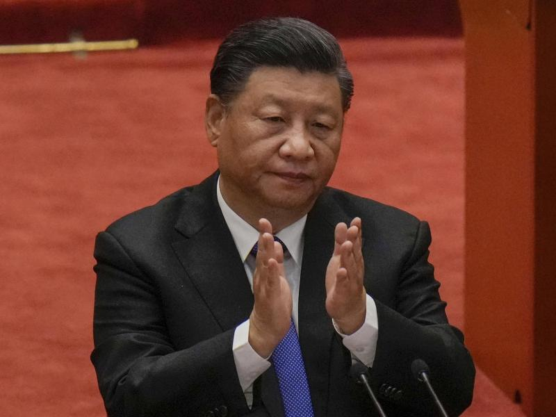 Ohne die USA zu nennen, warnte Xi Jinping in seiner Rede vor ausländischer Einmischung im Taiwan-Konflikt. Foto: Andy Wong/AP/dpa