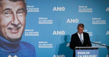 Obwohl Andrej Babis eine Wahlniederlage zugab, könnte er den Regierungsauftrag erhalten. Foto: Petr David Josek/AP/dpa