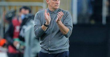 Trainer Stefan Kuntz konnte mit der Türkei dank eines späten Treffers von Stürmer Burak Yilmaz in Lettland einen Sieg einfahren. Foto: Uncredited/AP/dpa