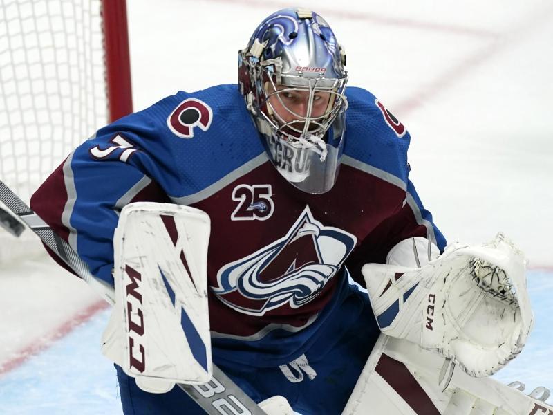 Torhüter Philipp Grubauer wechselte vor der Saison von den Colorado Avalanche zum NHL-Neuling Seattle Kraken. Foto: David Zalubowski/AP/dpa