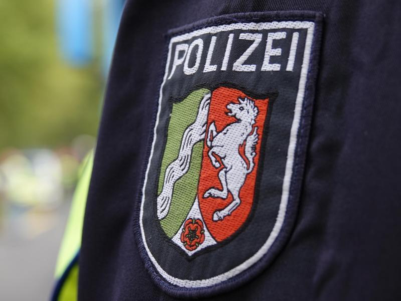 Rund ein Jahr nach Bekanntwerden rechtsextremer Verdachtsfälle bei der Polizei in Nordrhein-Westfalen hat sich dieser Verdacht in 53 Fällen bestätigt. Foto: Weronika Peneshko/dpa