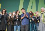 Die Grünen haben mit großer Mehrheit Koalitionsverhandlungen zugestimmt. Foto: Michael Kappeler/dpa