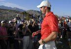 Hat das Turnier in Las Vegas gewonnen: Rory McIlroy geht an den Zuschauern vorbei. Foto: David Becker/AP/dpa