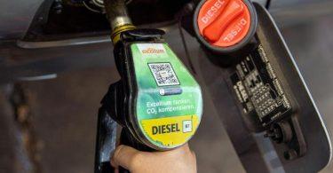 Autofahrer in Deutschland müssen für Diesel einen neuen Rekordpreis zahlen. Foto: Carsten Koall/dpa/Symbolbild