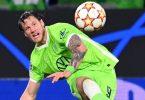 Hat sich mit dem Corona-Virus infiziert: Wout Weghorst vom VfL Wolfsburg. Foto: Swen Pförtner/dpa