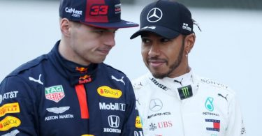 Konkurrenten um den WM-Titel: Max Verstappen (l)und Lewis Hamilton. Foto: David Davies/PA Wire/dpa