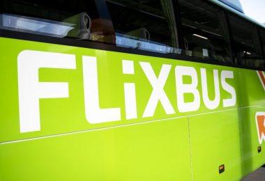 Flixmobility ist mit seiner Marke Flixbus bereits seit 2018 in den USA aktiv und bedient dort bislang 195 Ziele. Foto: Fabian Sommer/dpa
