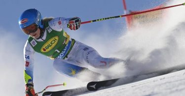 Mikaela Shiffrin aus den USA gewann den Saison-Auftakt. Foto: Gian Ehrenzeller/KEYSTONE/dpa