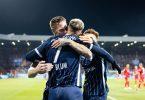 Danny Blum (M) brachte Bochum gegen Frankfurt auf die Siegerstraße. Foto: Marcel Kusch/dpa