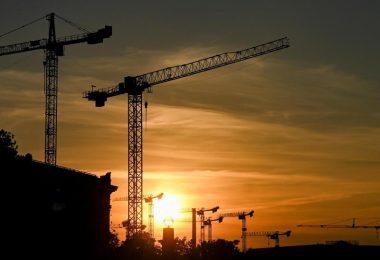 Die Bundesregierung senkt die Wachstumserwartungen für dieses Jahr. Foto: Jens Kalaene/dpa-Zentralbild/dpa
