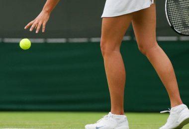 Die Knie von Frauen sind bei Sportarten mit schnellen Richtungswechseln - wie Tennis - anfälliger für Kreuzbandrisse. Foto: Geoff Caddick/epa/dpa-tmn