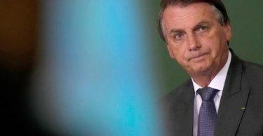 Täuschung, Anstiftung zu Straftaten, Verbrechen gegen die Menschlichkeit: Die Vorwürfe gegenBrasiliens Präsident Bolsonaro wiegen schwer. Foto: Eraldo Peres/AP/dpa