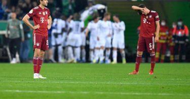 Bayern München schied nach einer deftigen Klatsche in Gladbach bereits in der zweiten Runde aus. Foto: Marius Becker/dpa